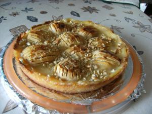 Rezept: Apfelkuchen kalt aus der Kuchenform genommen