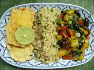 Backfisch Bierteig Bulgur und Wok Gemüse