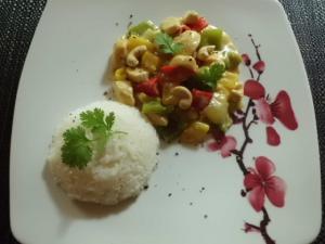 Rezept: Huhn mit Curry in Kokosingwer Sauce und Jasminreis