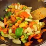 Wok Gemüse kochen