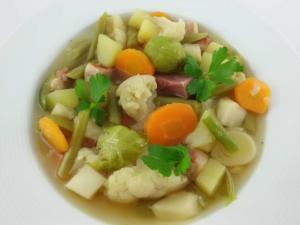Gemüse Suppe