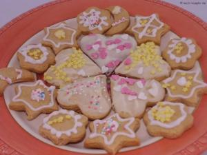 Honigkuchen Plätzchen mit Zuckerdekor