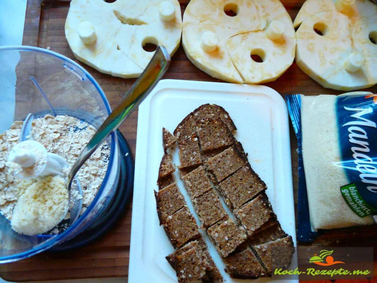 Panierstrasse: Mehl, Ei, Paniermehl und Mandelmehl mit Schwarzbrot