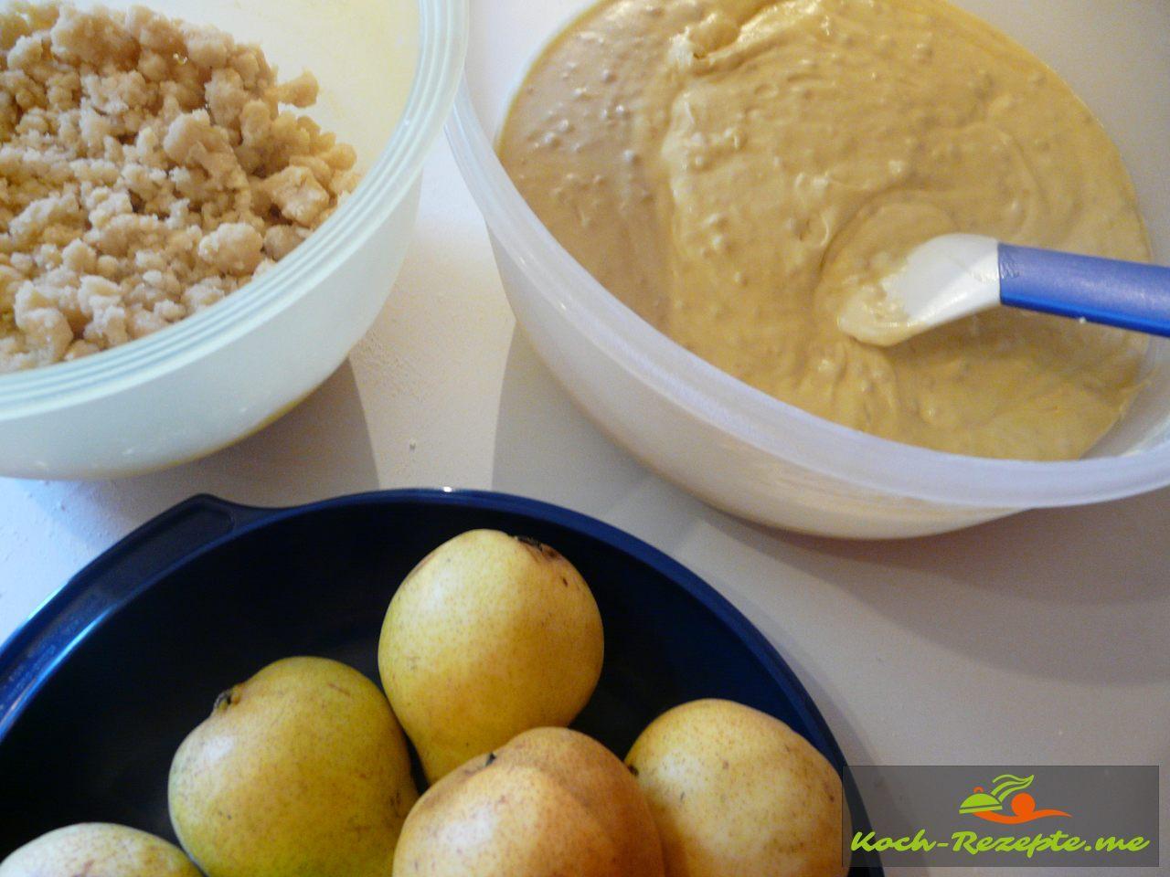 alle Zutaten: Fertiger Streusel,Teig und Birnen