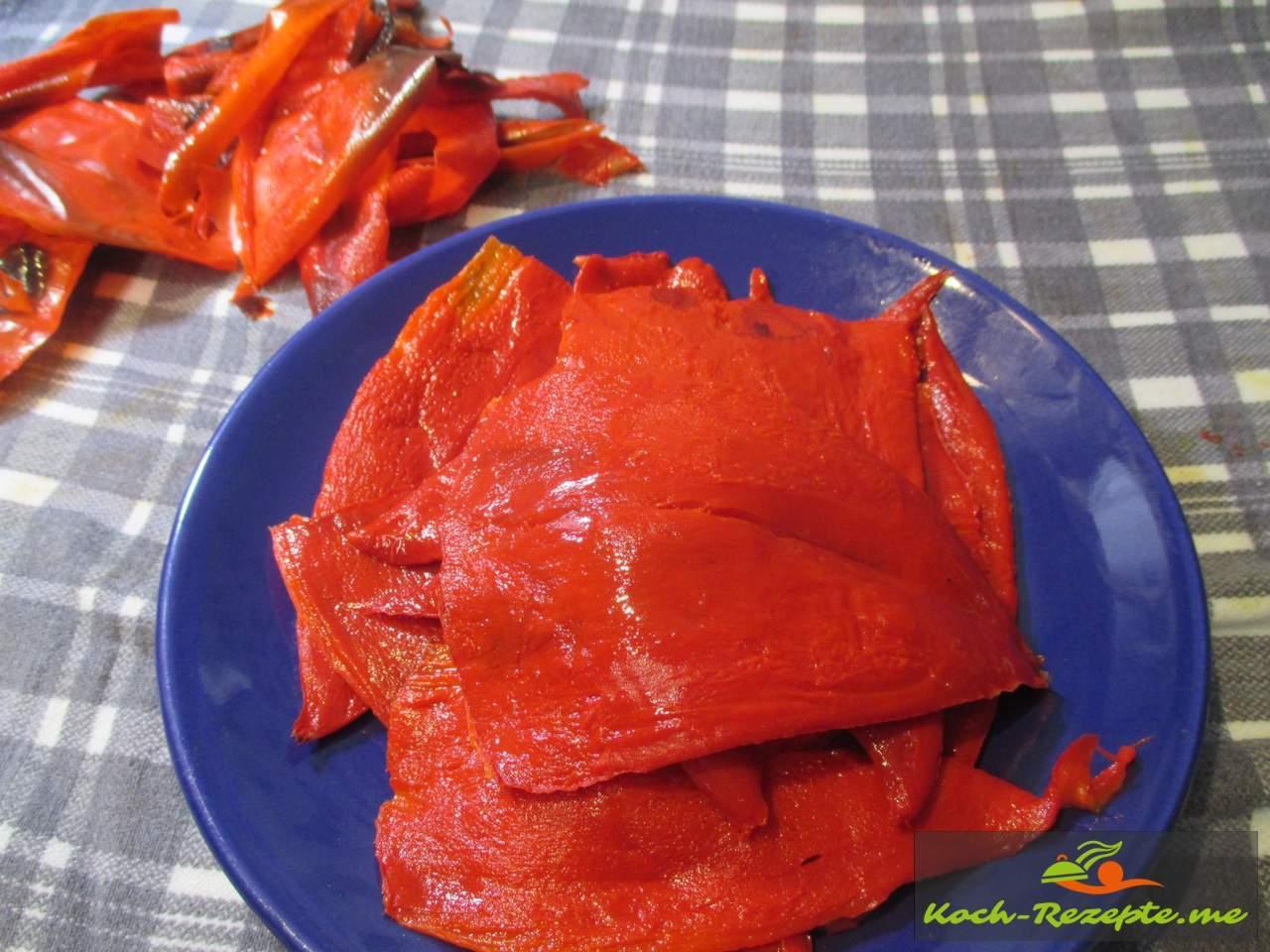 Fertige Paprika enthäutet