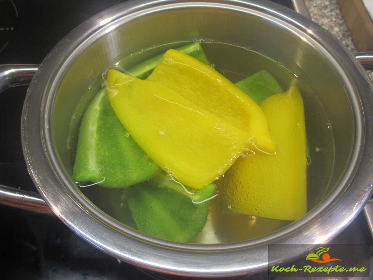 in kochendes Wasser 8-10 Minuten ziehen lassen
