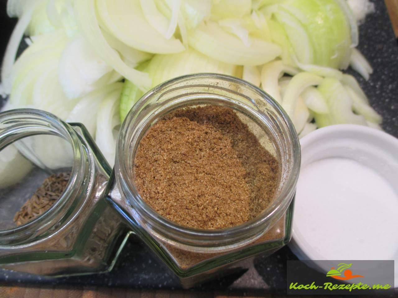 Zwielscheiben mit Salz und Kümmel ganz und Pulver