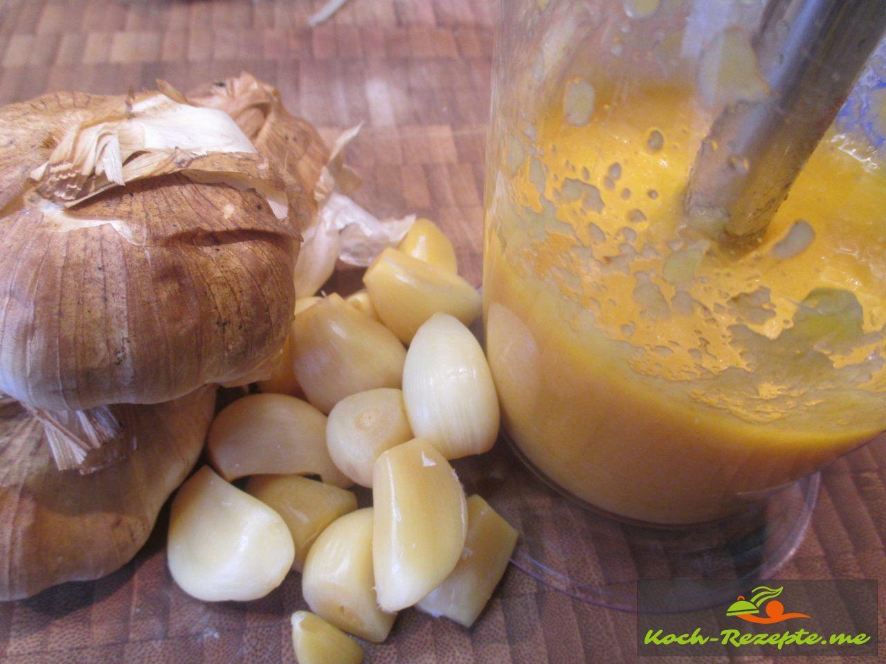 Zutatenfür Aioli: Rapsöl, geräucherte Knoblauch, Meersalz, Rauchsalz, Pfeffer, Zitronensaft