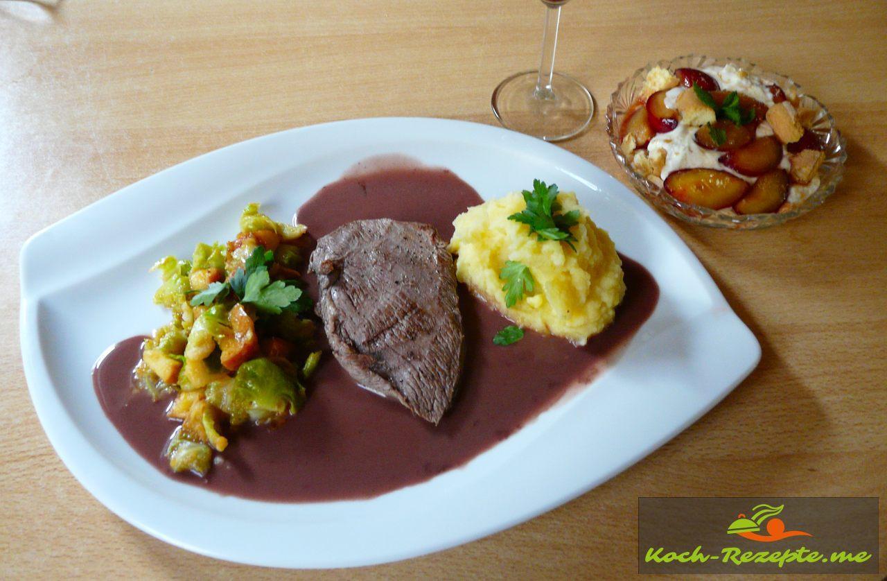 Rehschnitzel in Wacholder-Rahmsauce