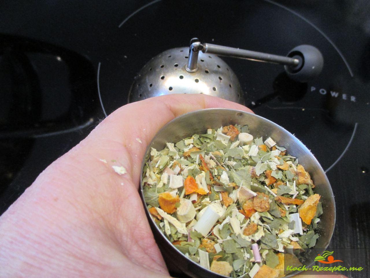 Getrocknetes Thaigemüse mit Zitronengras
