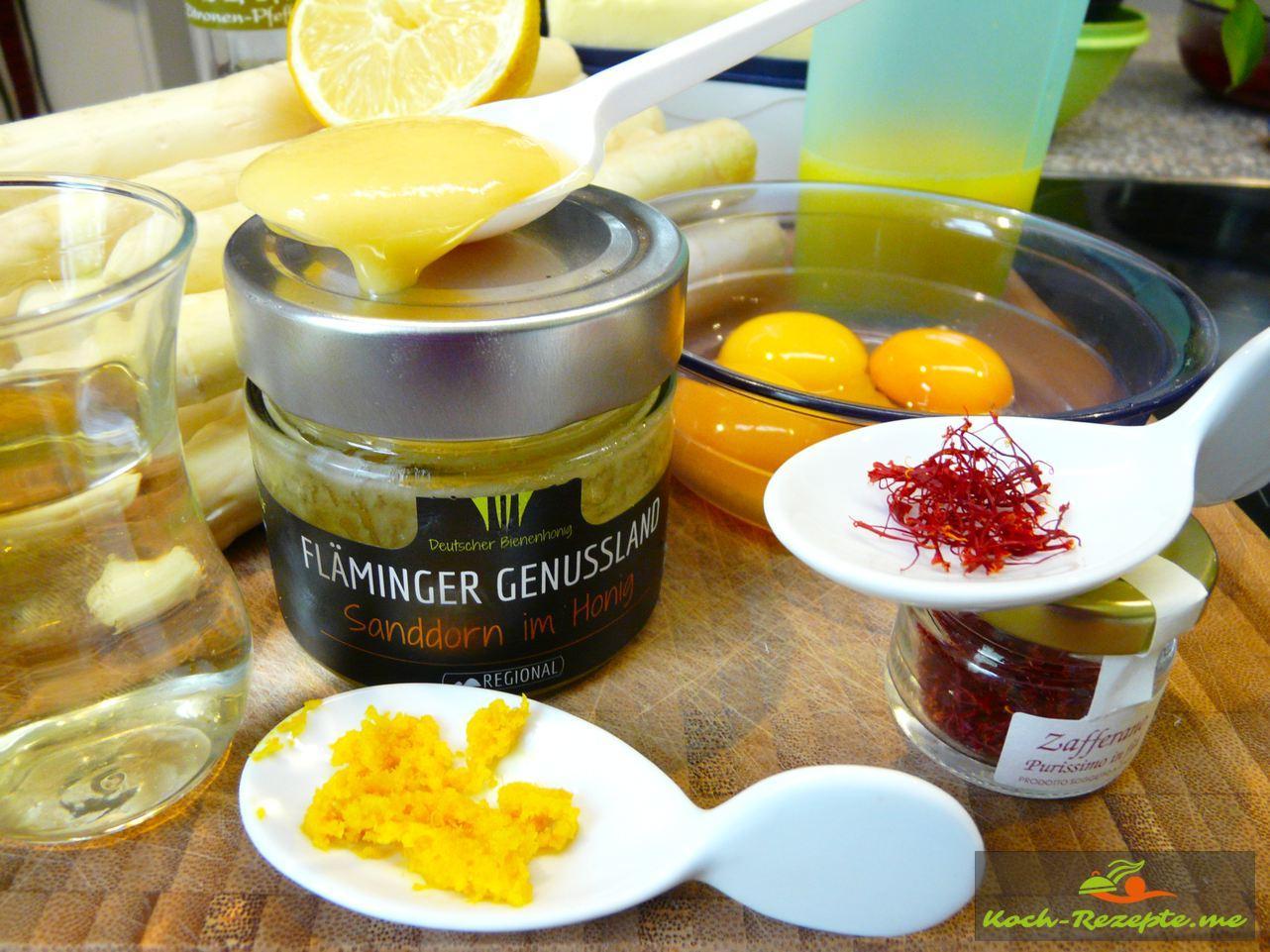 Zutaten für eine Safran Zabaione mit Oragensaft, Abrieb und Honig