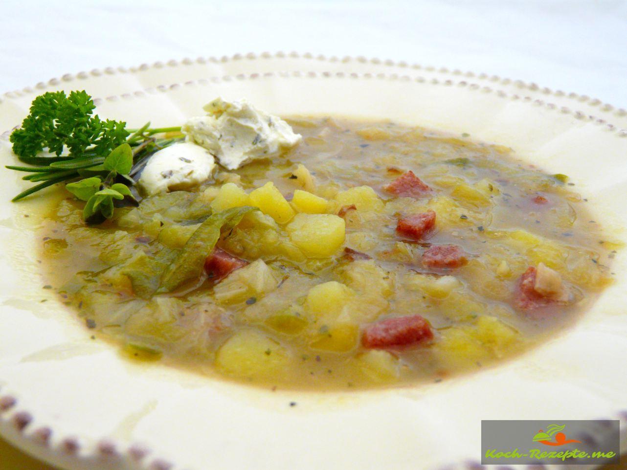 Einfache Spitzkohl-Suppe von Mama