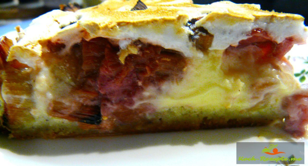 Low Carb Rhabarber-Erdbeer Kuchen