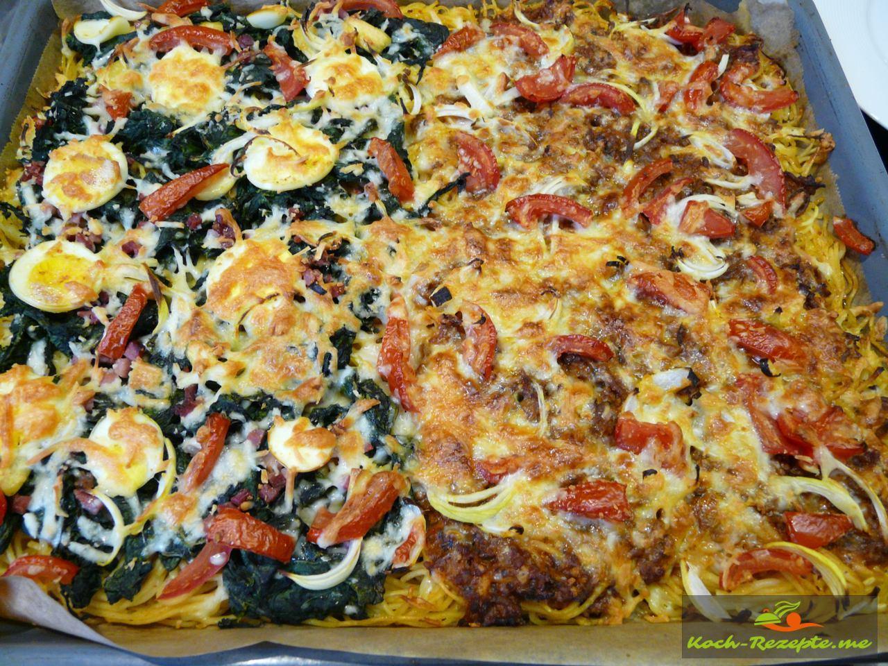 Spaghetti Pizza Bolognese und Spinat