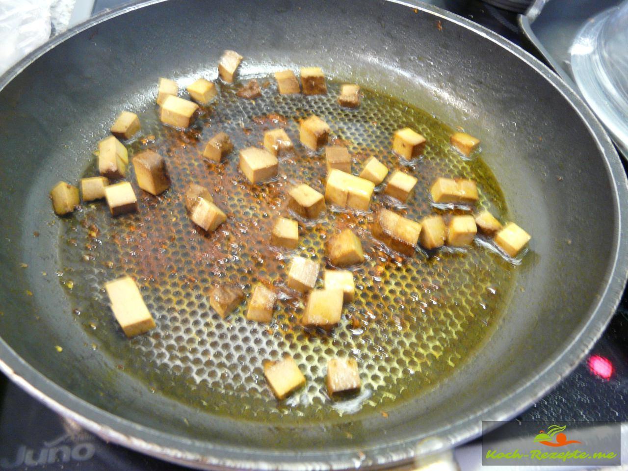 Tofuwürfel anbraten