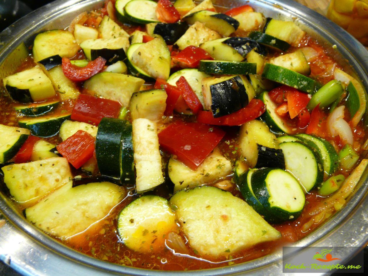 Gemüse noch 40 Minuten köcheln lassen