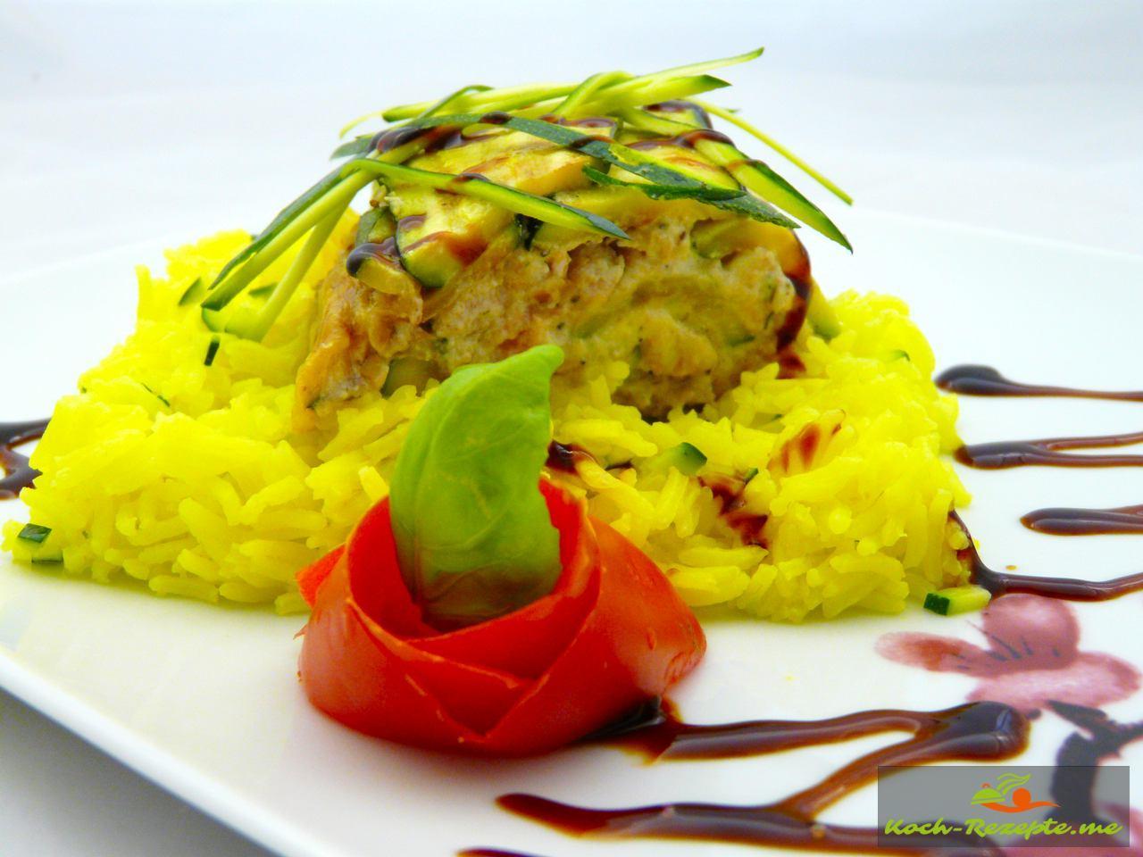 Lachs-Zucchini Rolle