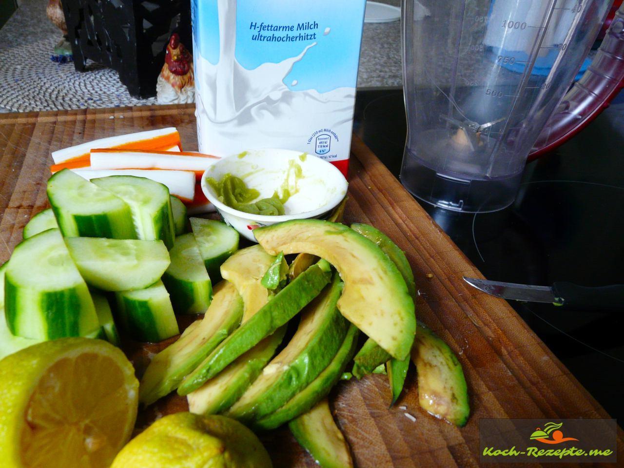 Zutaten: Avocado,Bio Salatgurke, Krebsfleisch, Zitrone, Dill, Wasabi, Milch, Salz und Zitronen-Pfeffer von Spirit of Spice