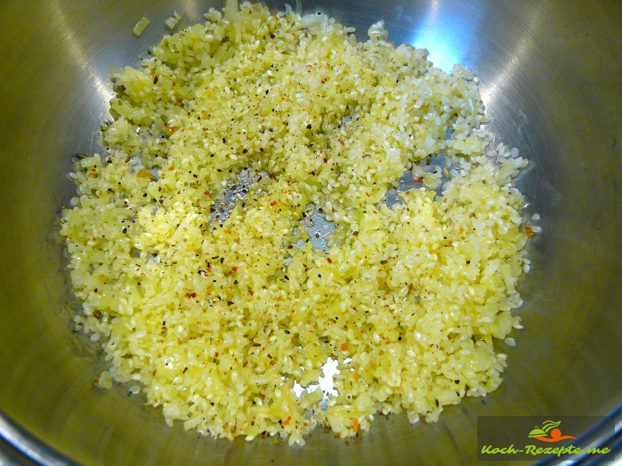 Mit Gewürz Ras el Hanout von Spirit of Spice den Reis würzen