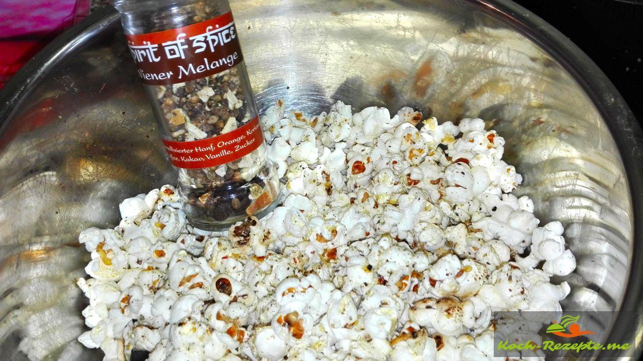 popcorn rezept selber machen im topf einfach und schnell. Black Bedroom Furniture Sets. Home Design Ideas