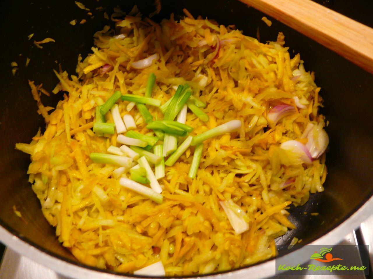 Thai Rezept Gemüse Nudeln Garnelen, Frühlingszwiebel dazu