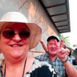 Touristenattraktion: wir haben uns getraut mit dem Boot zu fahren auf dem Floating Market