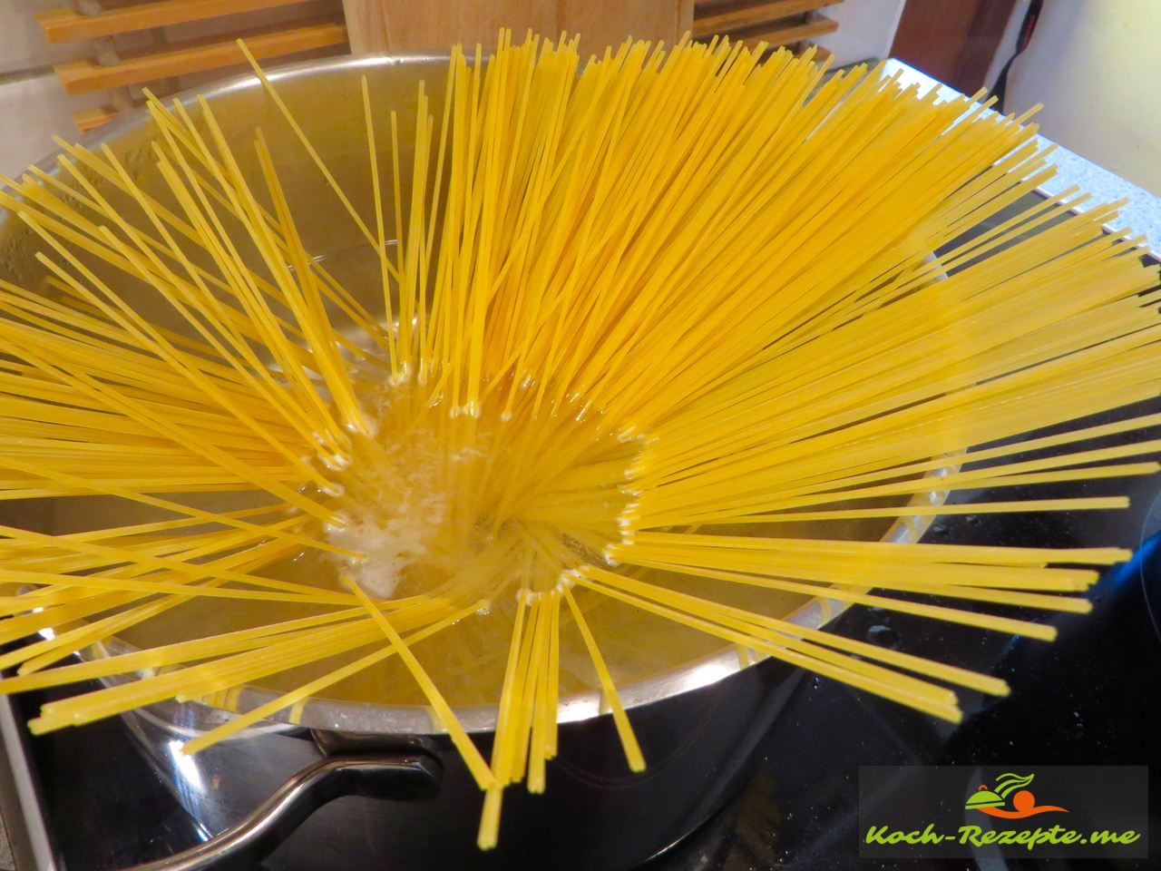 Spaghetti kochen al dente