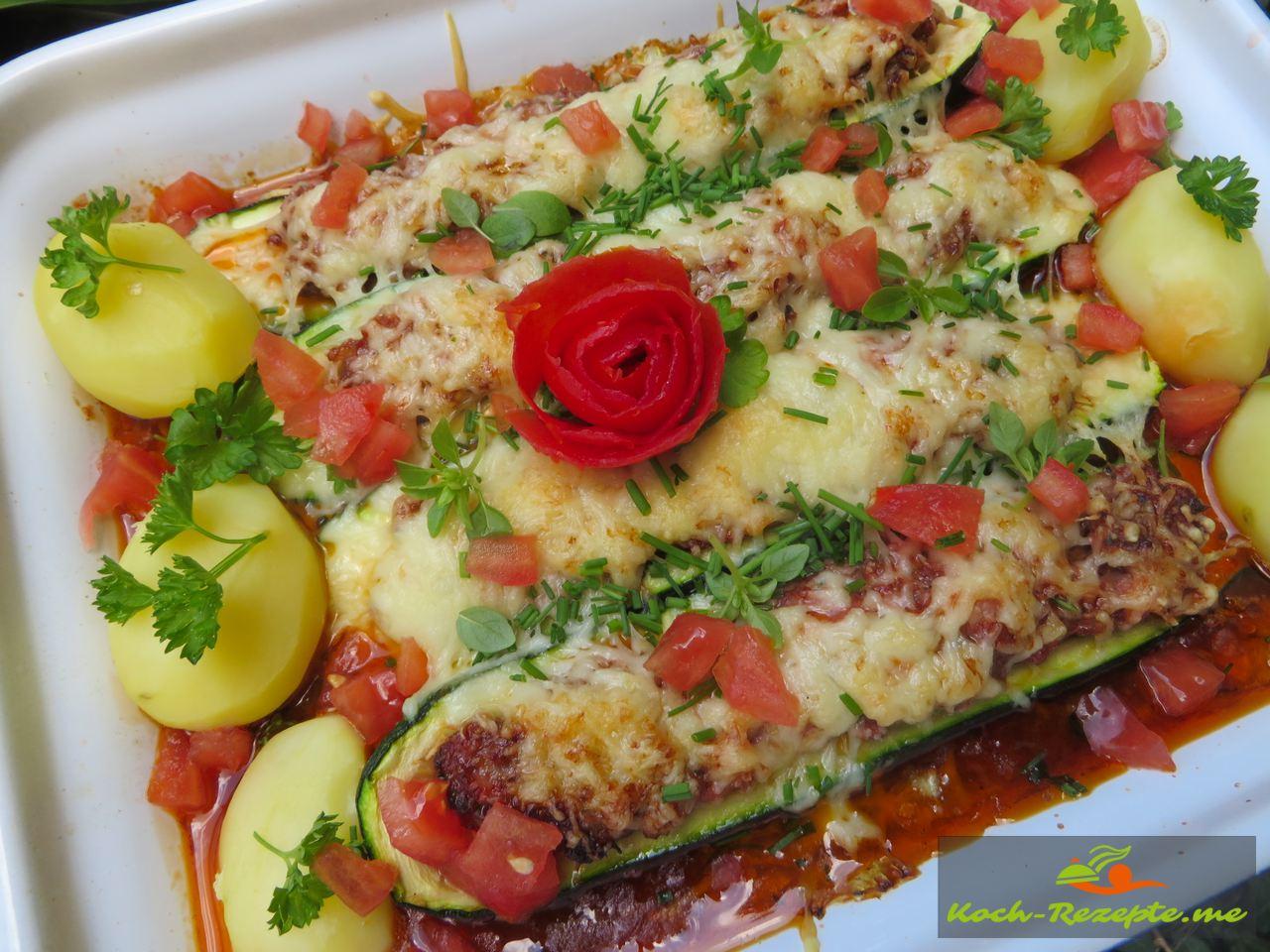 gefüllte Zucchini überbacken