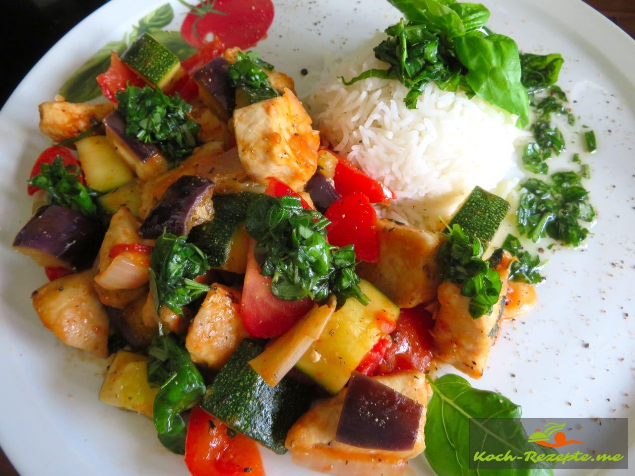 Rezept mediterranes Gemüse mit Hähnchen und Kräuter-Öl,  guten Appetit