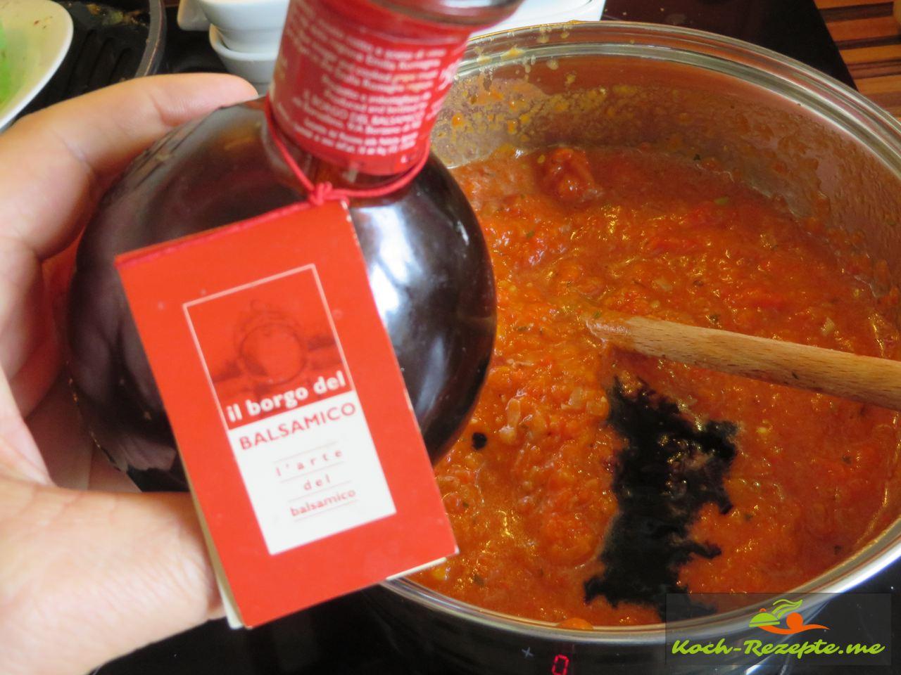 Ajvar selber kochen  und mit 5 Jahre alten Balsamico Creme abschmecken
