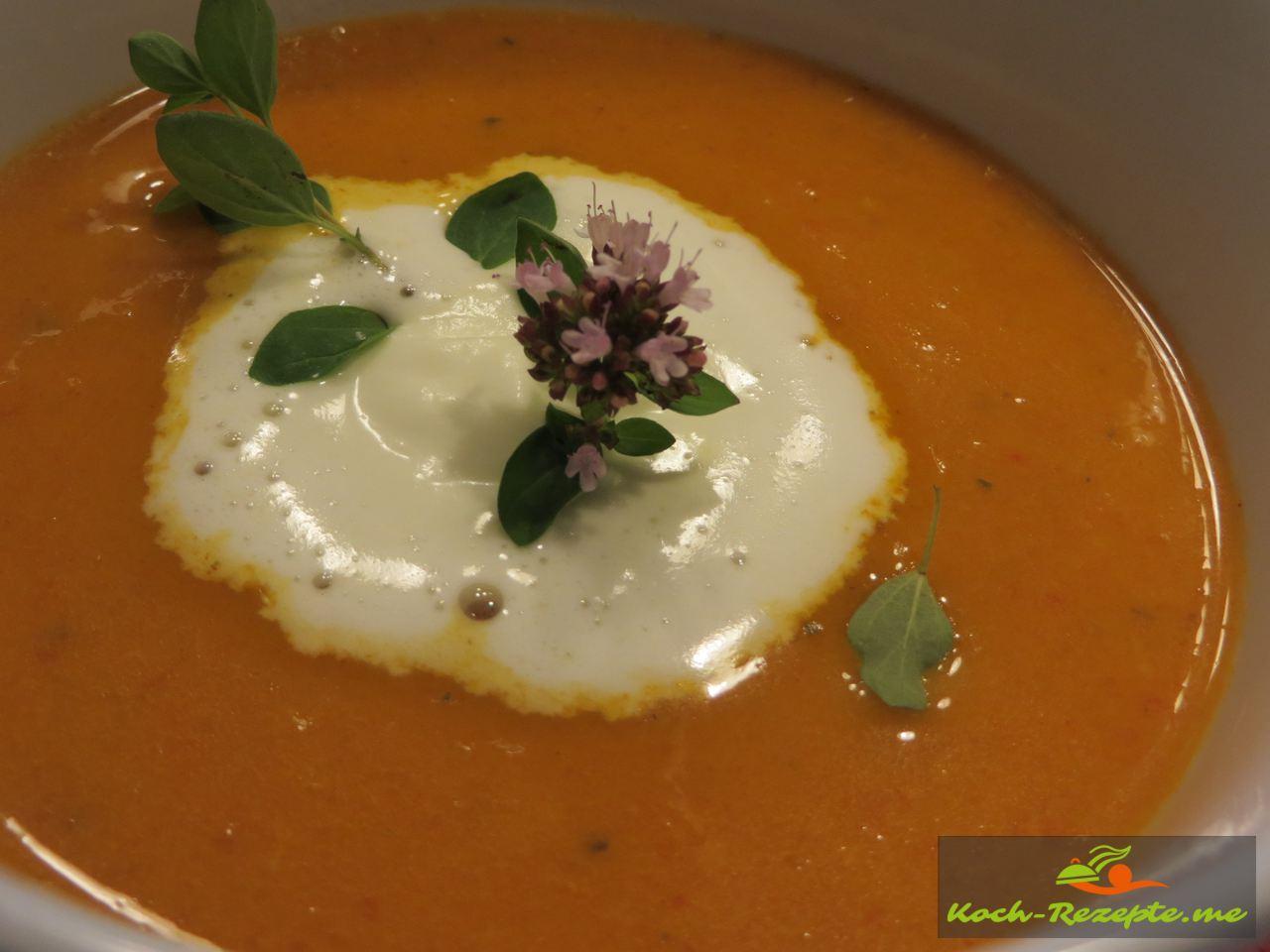 Paprika-Rahmsuppe