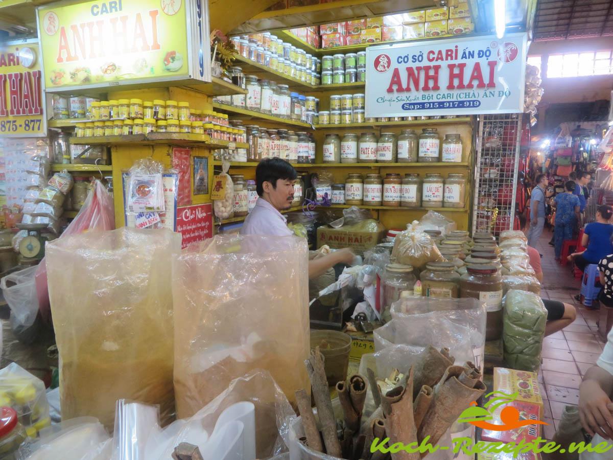 Gewürzstand  in den  Markthallen Ho Chi Minh