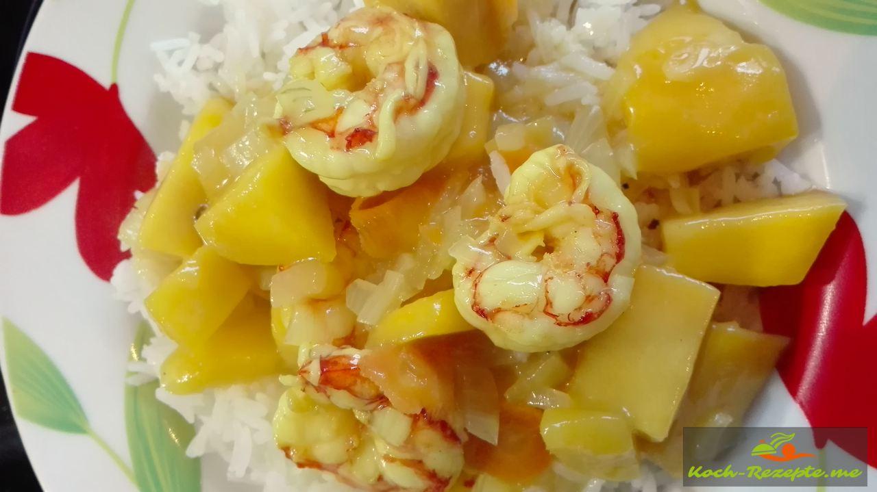 Reis mit Garnelen in Mango Sauce