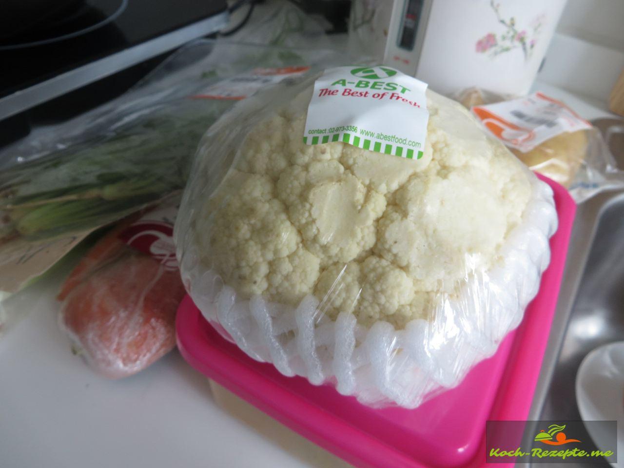 Blumenkohl dünsten für Geraspelte Kartoffeln