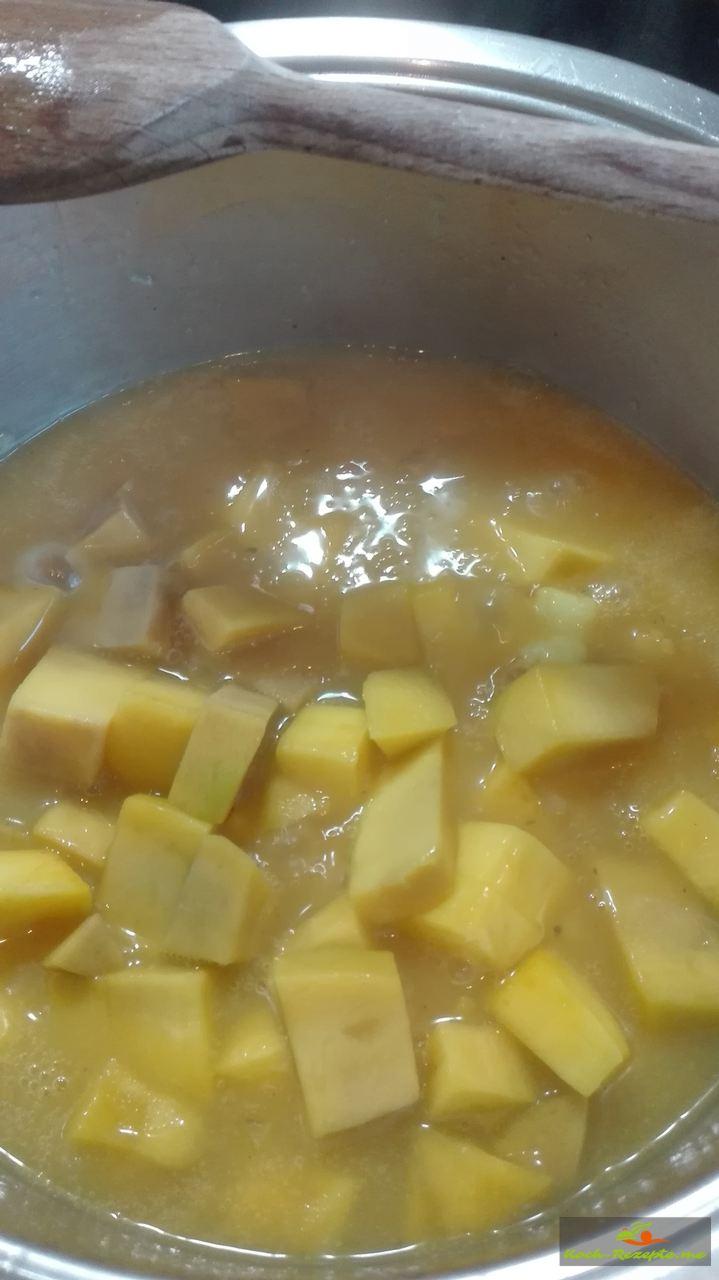 Mango Sauce , Zwiebeln