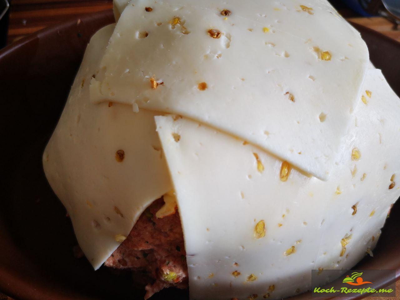 Nun Käse über die Blumenkohl-Bombe legen