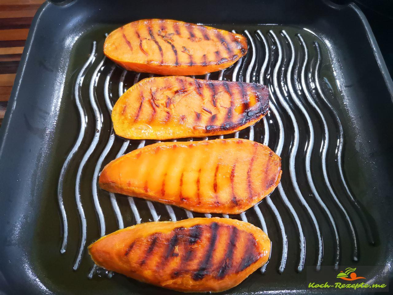 Süßkartoffel in der Pfanne grillen