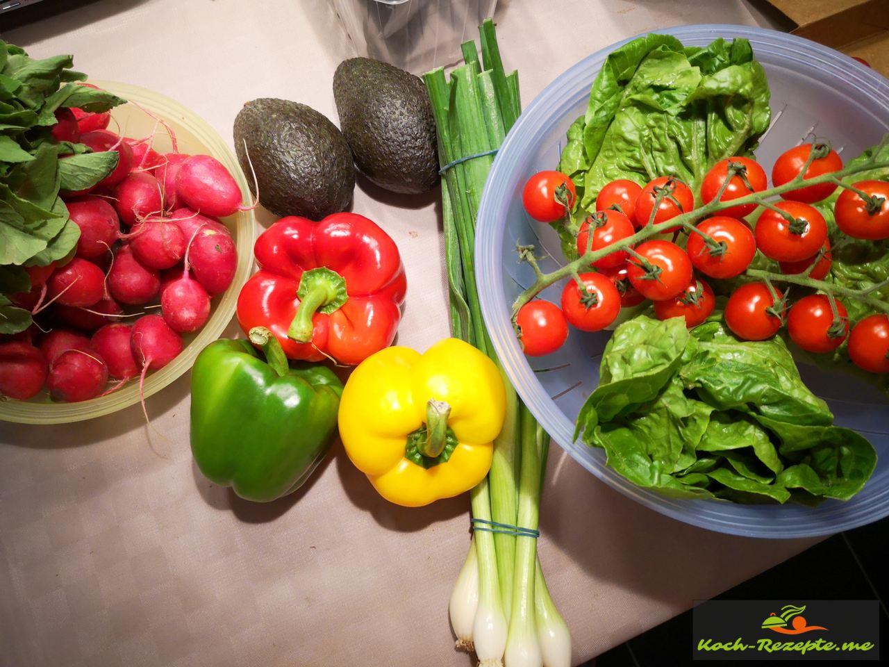Zutaten für die Low Carb Salattorte
