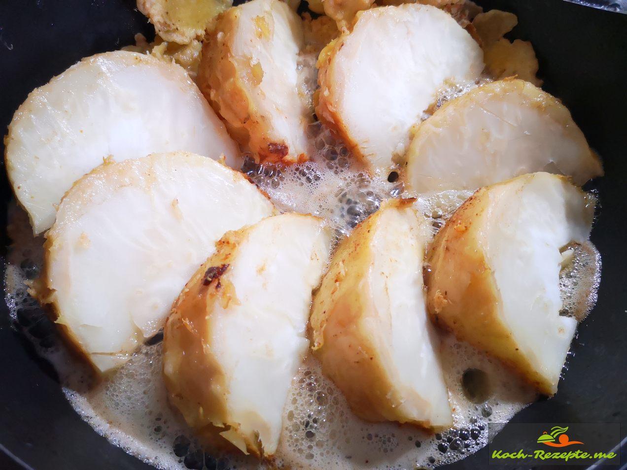 nun heiß servieren mit einer fruchtigen Currysauce