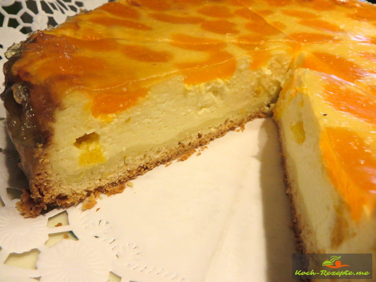 Käsekuchen einfach mit Mandarinen anschneiden