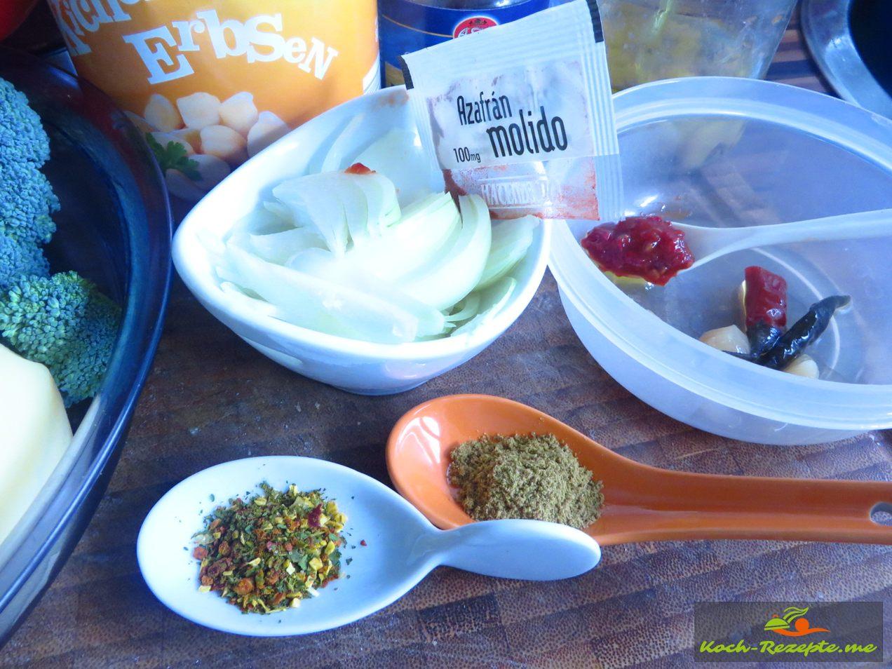 Dann Gewürze und Kräuter: Safran, Salz, Chilipulver, Kreuzkümmel, Sambal Olek