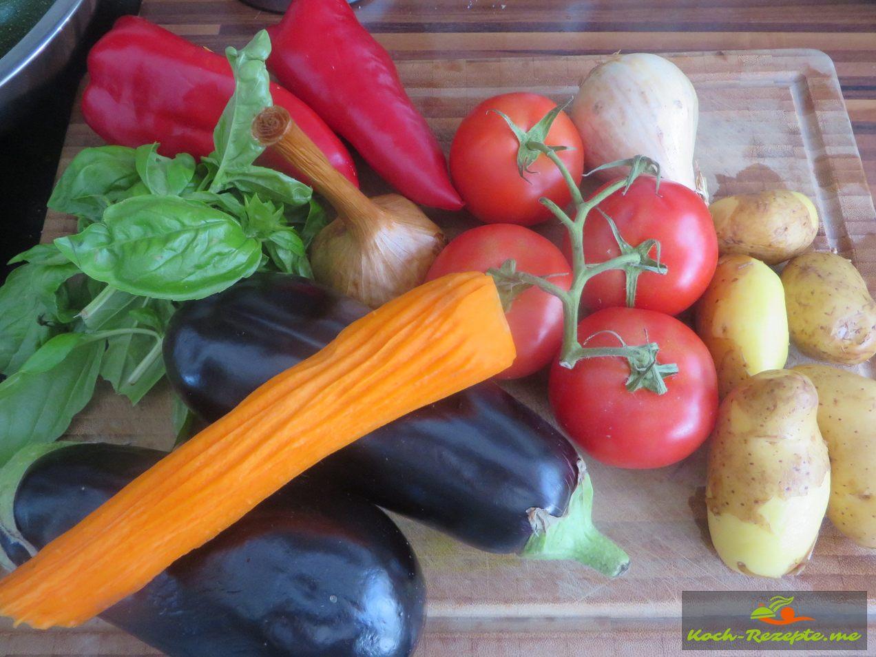 Zutaten für den Auberginen Salat
