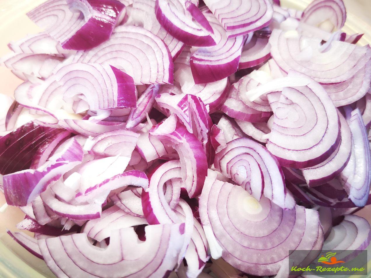 Fein geschnittene Zwiebeln