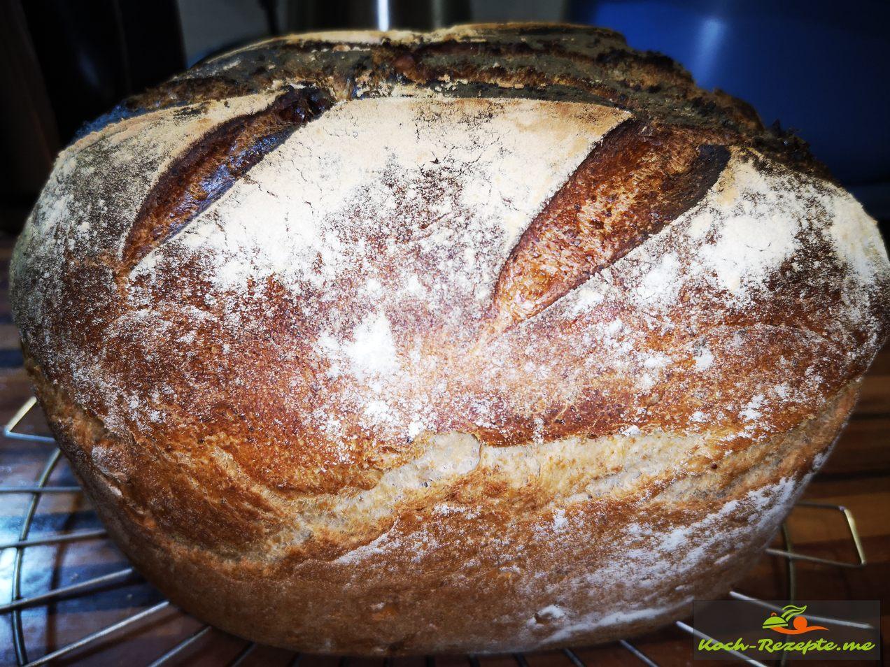 Brot zum Auskühlen stellen