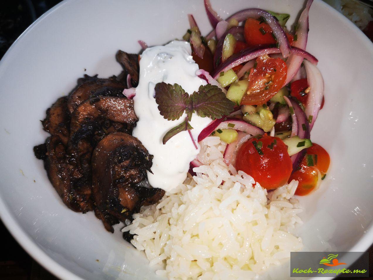 Gyros-Veggie-Bowl