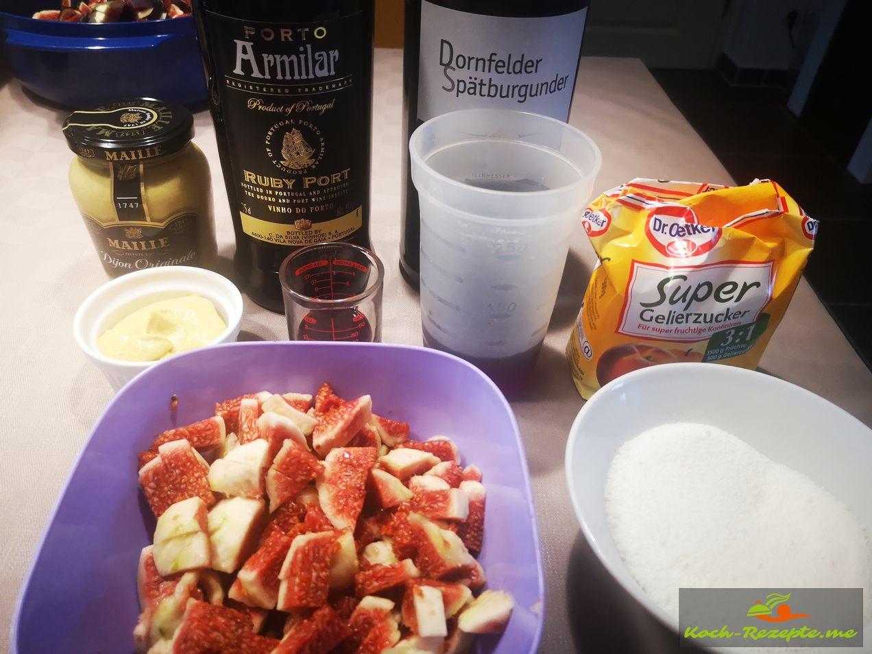 Alle Zutaten , gewürfelte Feigen,Gelierzucker,Senf mittelscharf,Portwein,Rotwein