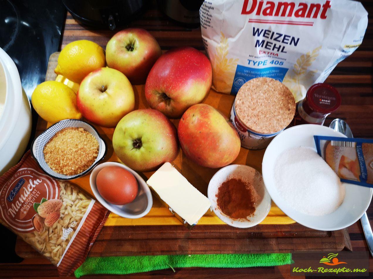 Zutaten für Gedeckten Apfelkuchen