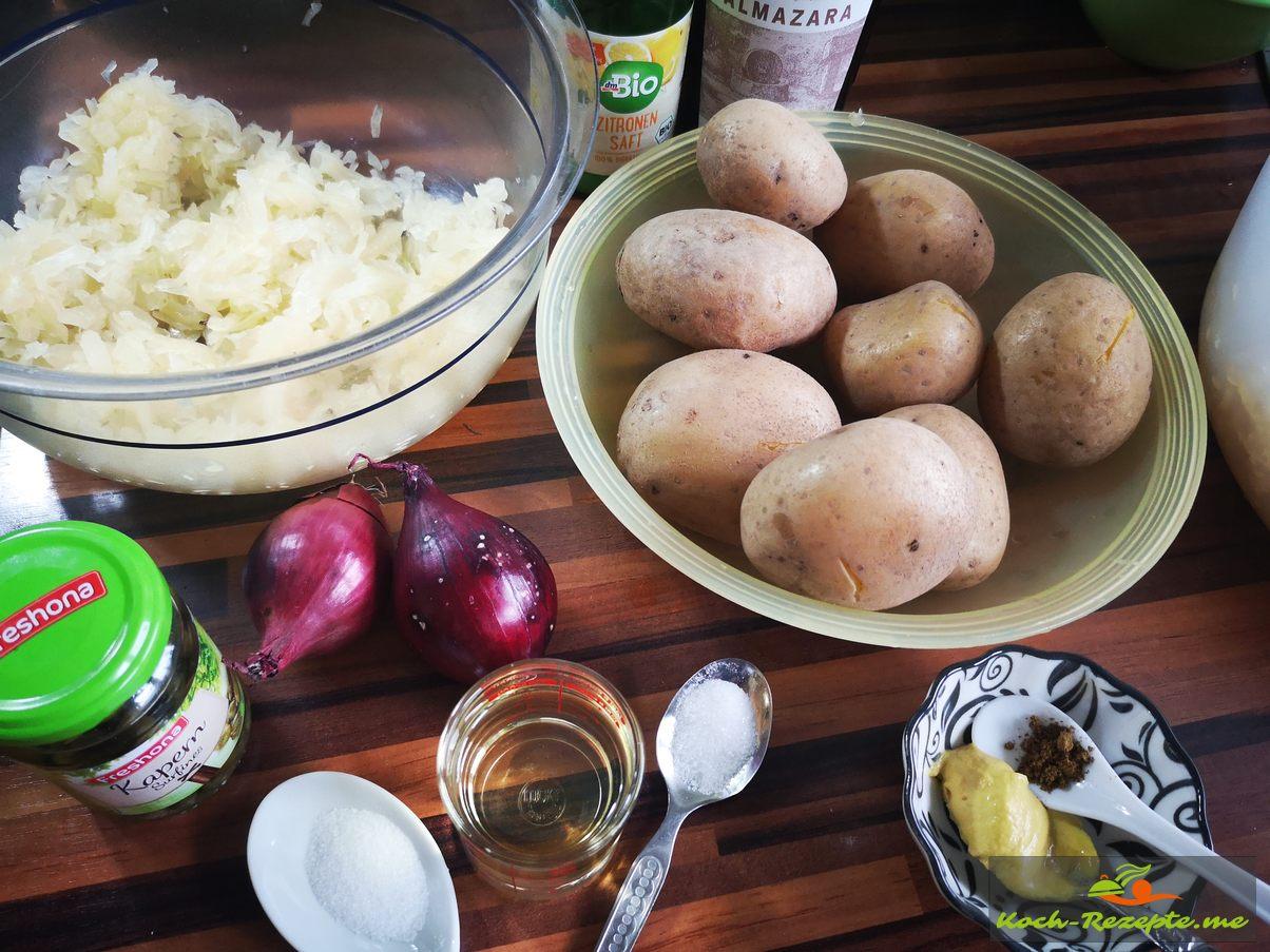 Zutaten für den Kartoffel-Sauerkraut Salat
