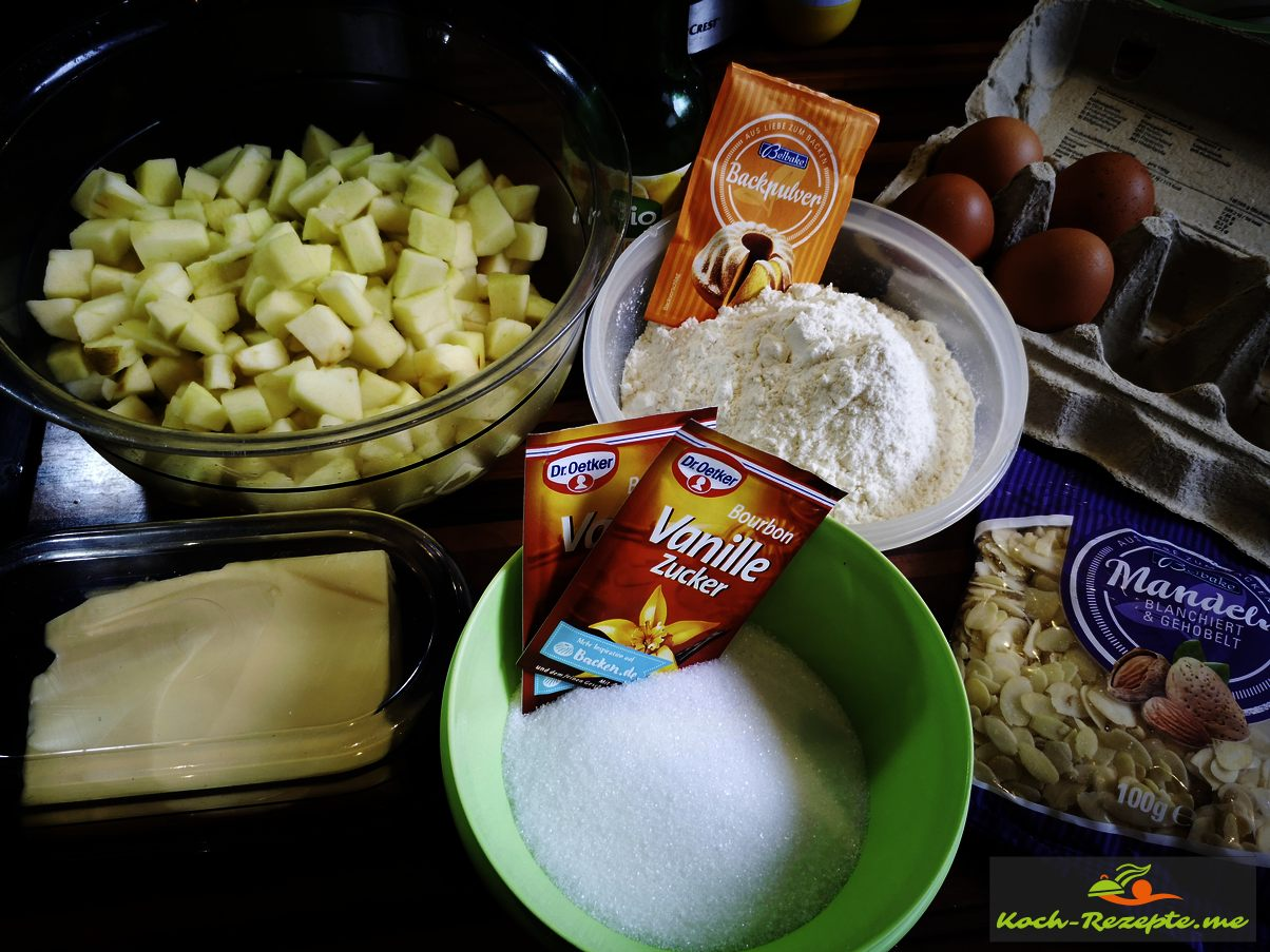 Zutaten für Apfelkuchen vom Blech